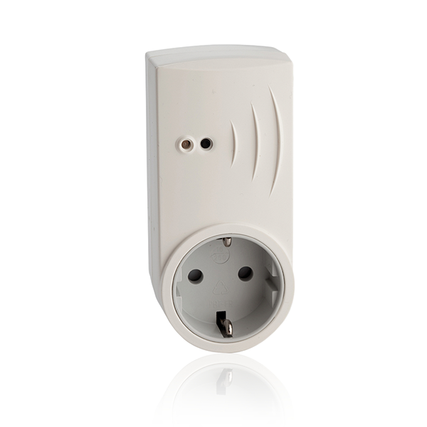 SolarEdge home automation outlet with meter